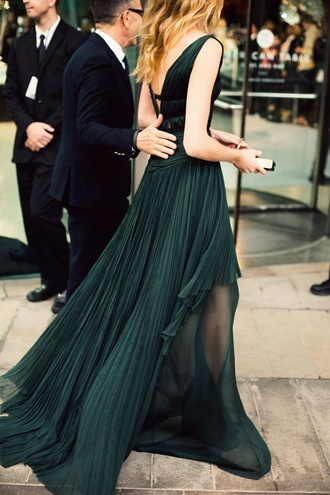 dress green emerald green long dress pleated cfda cfda fashion awards