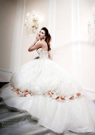 dress wedding inspirasi cinderella wedding dress