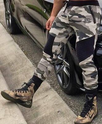 shoes nike nike shoes military style camouflage beige sneakers nike sneakers pants