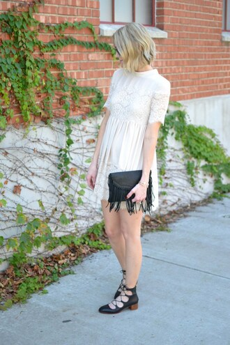 straight a style blogger top white lace dress black bag fringed bag black flats