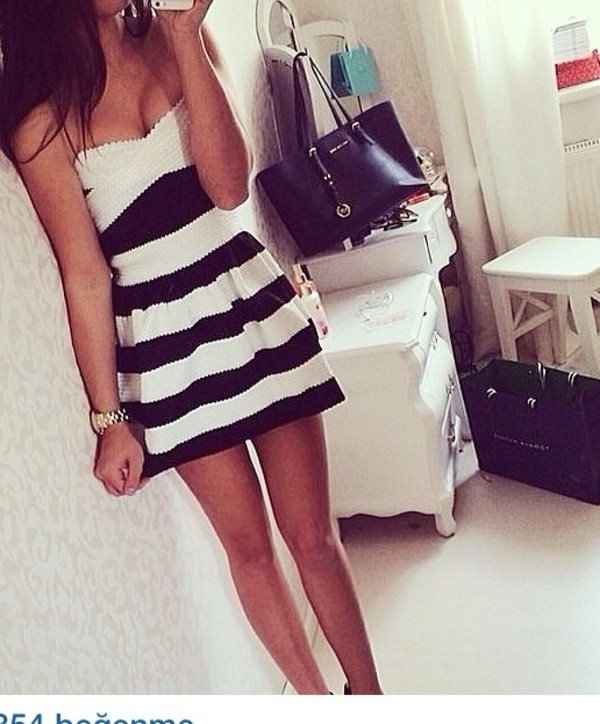 dress robe noir et blanc black and white dress cute dress mini dress striped dress