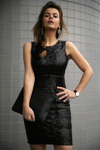 fashion zen blog blogger dress sequin dress black dress pouch earrings new year's eve