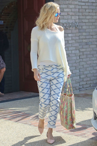 pants sweater pumps kate hudson bag printed pants