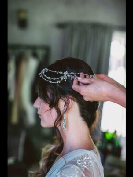 jewels diamond wedding headband pretty prom hair hairband silver diamante vintage old fashioned head sparkles sparkly decoration glamourous