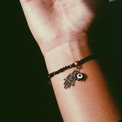 jewels,hasma hand,bracelets,black,white