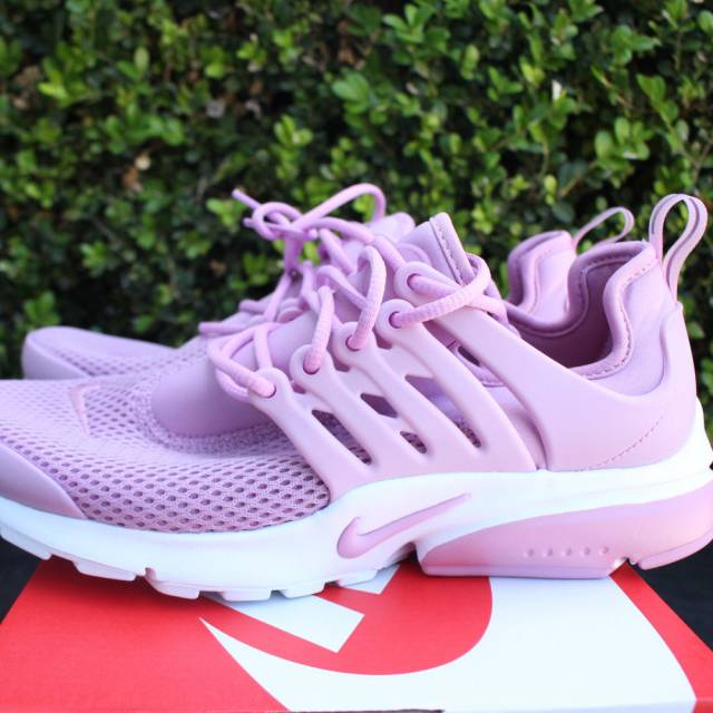 outlet store sale 20bca d5c87 NIKE WOMENS AIR PRESTO SZ 6 ORCHID PINK WHITE 878068 502