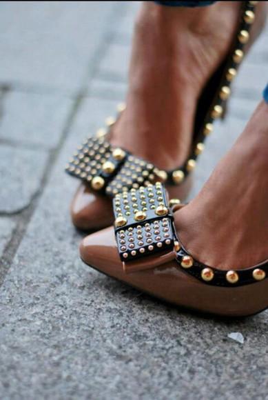 shoes rivets bowl loveit