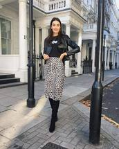 skirt,midi skirt,leopard print,suede boots,black boots,black blouse,leather jacket,earrings