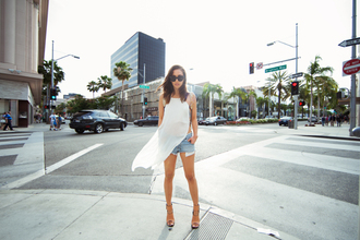 fashion toast dress shorts sunglasses