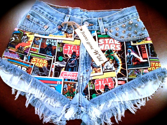 STAR WARS High waisted destroyed denim shorts by jeansgonewild