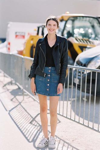 le fashion image blogger jacket leather jacket denim skirt button up skirt mini skirt black top adidas white sneakers