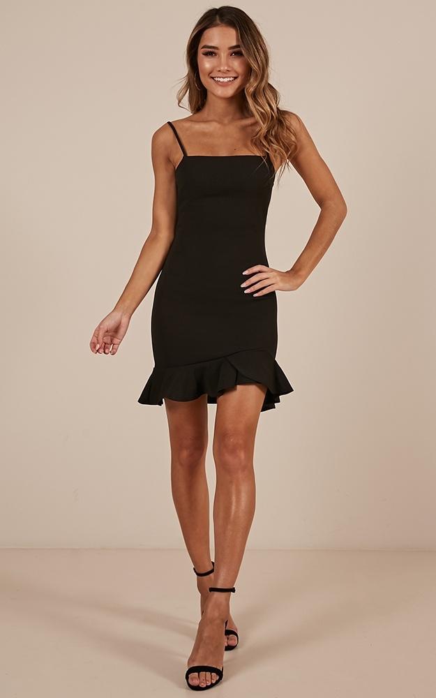 Tsunami dress in black Produced By SHOWPO