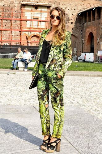 pants power suit womens suit floral pants blazer floral blazer top black top sunglasses sandals sandal heels high heel sandals black sandals thick heel spring outfits palm tree print clutch