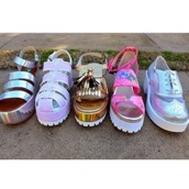 shoes,colorful,holographic,holographic shoes,cute,pretty,transparent,flatforms,silver flatforms,wedges