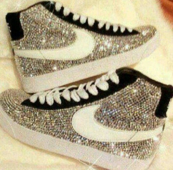 sparkling bright nike sneakers sports shoes casual