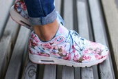 shoes,nike shoes,nike running shoes,fashion,nike air,flowers,sneakers,girley,air max