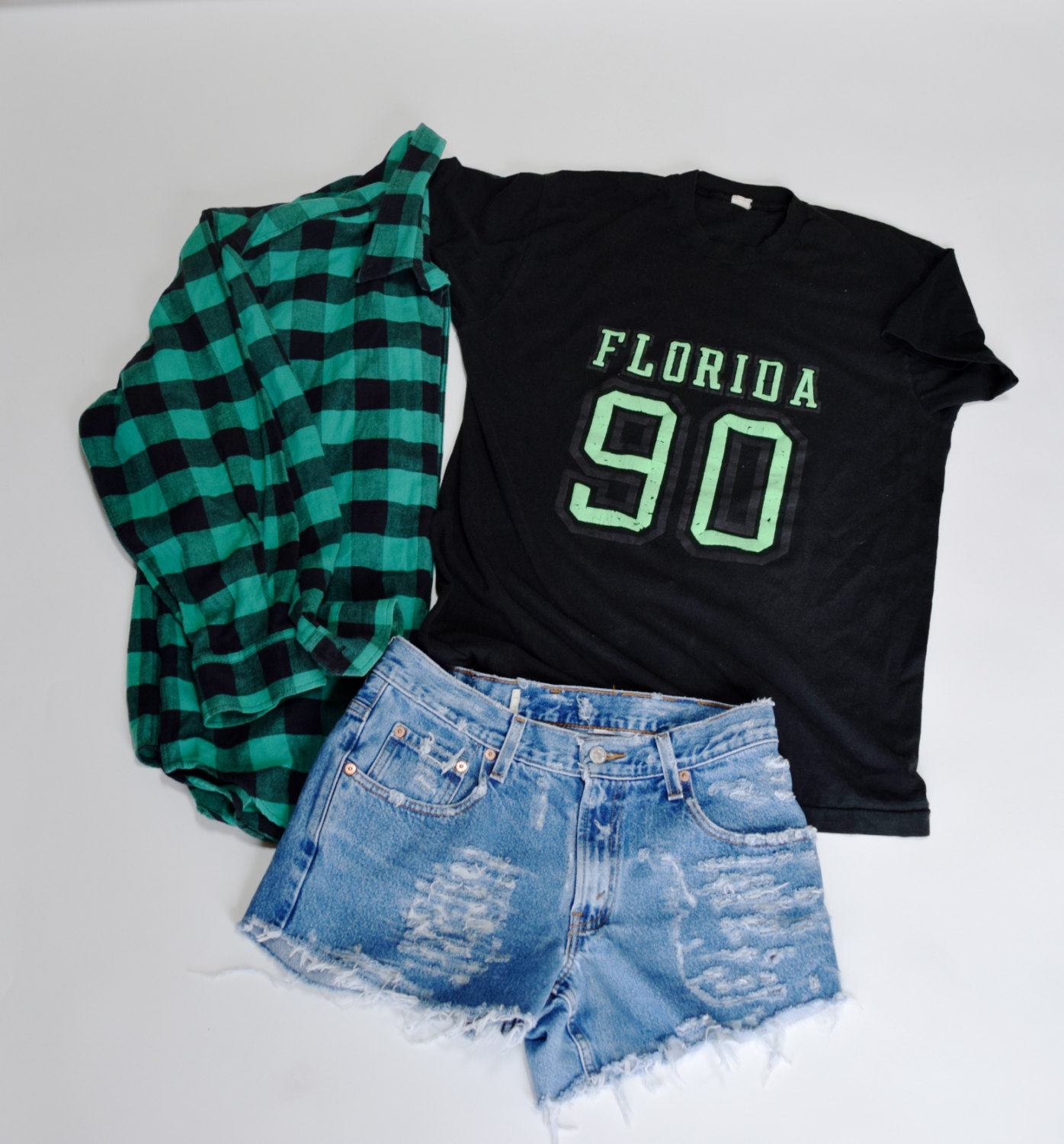 GRUNGE Mystery Outfit flannel shirt hipster destroyed shorts comfy ...