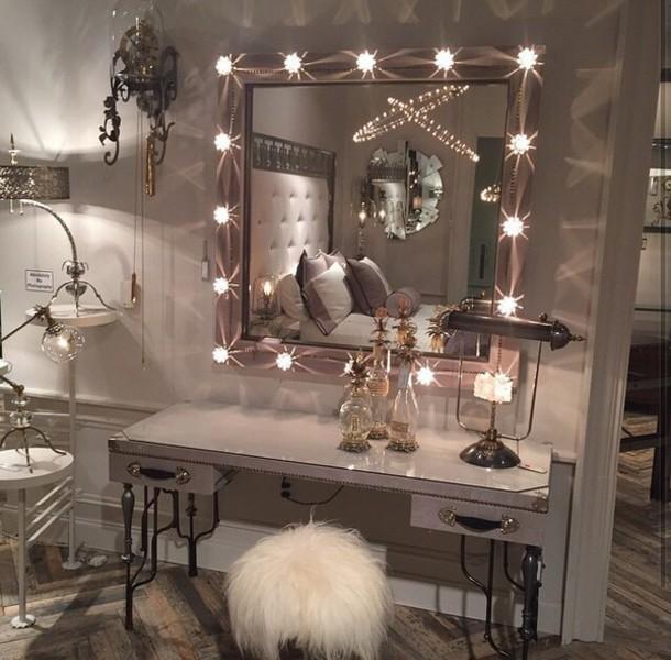 bedroom vanity mirror with lights,