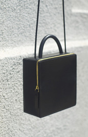 bag,purse,shoulder bag,boxy,gold,black and gold,all black and gold wishlist,opening ceremony,designer bag