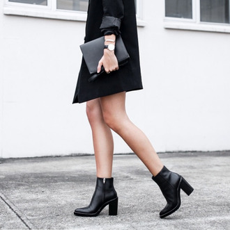 clothes boots fall watch black boots pouch all black everything