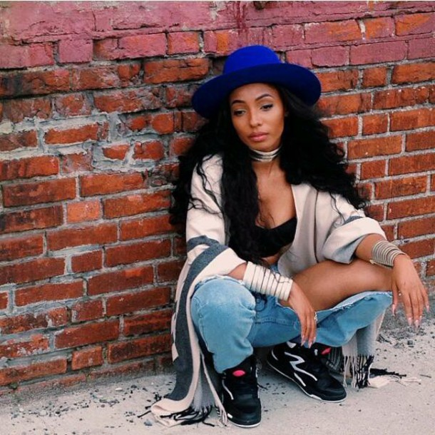 Black Girl Fashion: How Do You Feel When Some Hipster Girls Use 90s Fashion