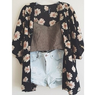 shorts jacket sweater blouse black white cardigan daisy crop tops distressed denim shorts flowers coat kimono daisies black white yellow kimono printed maxi skirt tumblr print cute pretty summer summer outfits bold flowerpower love more pull floral grey fall outfits looking for alaska floral kimono