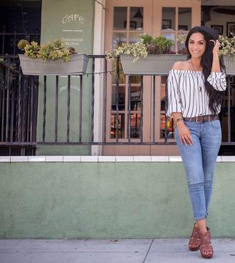 vanessa balli blogger jewels top jeans belt shoes