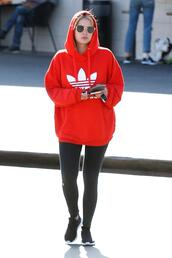 sweater,hoodie,leggings,streetstyle,ashley benson,sweatshirt