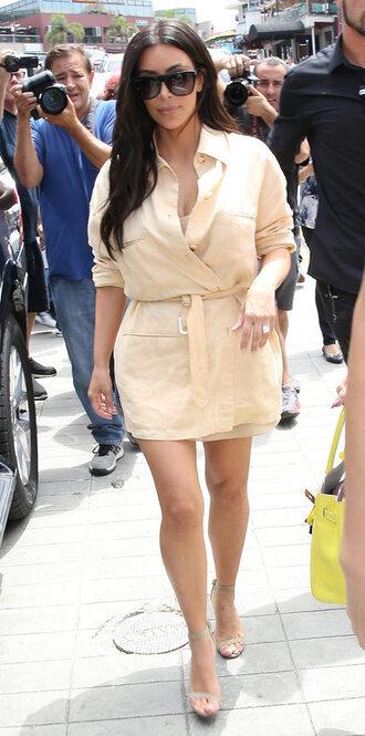 dress shirt dress kim kardashian kardashians sandals mini dress sunglasses wrap dress