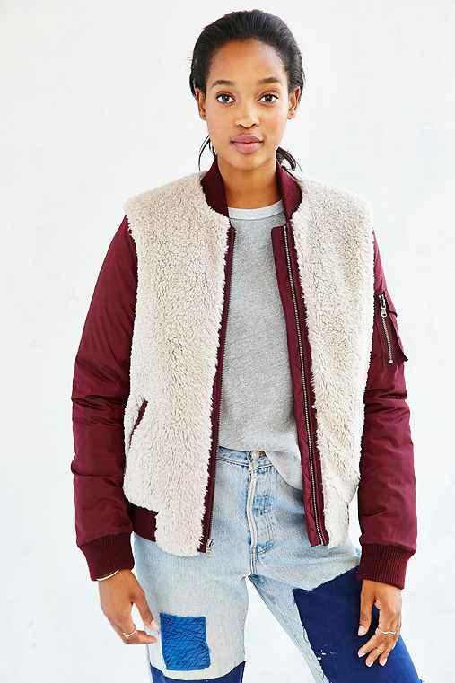 4d45391eb99b Levis Nylon Sherpa Bomber Jacket - Urban Outfitters