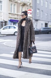 fashionlandscape,blogger,coat,dress,scarf,shoes,sunglasses,jewels,bag,fur coat,shoulder bag,high heel sandals,sandals,black dress,midi dress,printed fur coat,long fur coat,valentines day,printed oversized coat