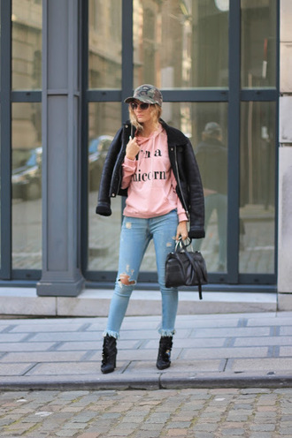 from brussels with love blogger sweater jeans shoes jacket bag cap winter outfits boots