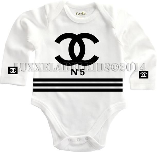 826bba8ede815 chanelonesie babyclothies baby girl baby boy diva designer designerbaby  chanel t-shirt chanel fashionista