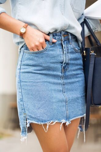 skirt all denim outfit denim skirt mini skirt shirt denim shirt blue shirt blue skirt bag black bag watch frayed denim skirt frayed denim tumblr