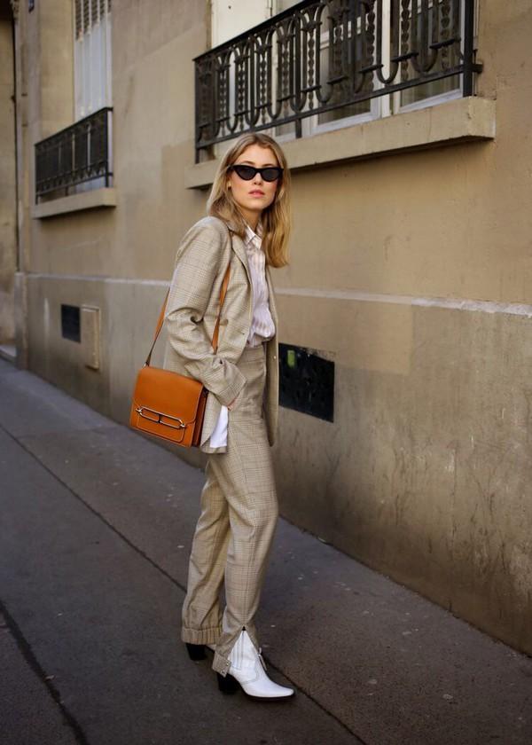 a08974ec89dc90 pants plaid pants plaid plaid blazer nude pants nude blazer black  sunglasses boots white boots bag.
