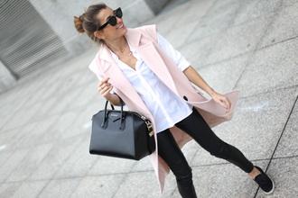 b a r t a b a c blogger pastel pink white shirt blazer