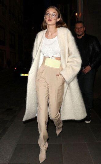 pants top nude coat model off-duty streetstyle london fashion week 2017 fashion week 2017 gigi hadid high waisted