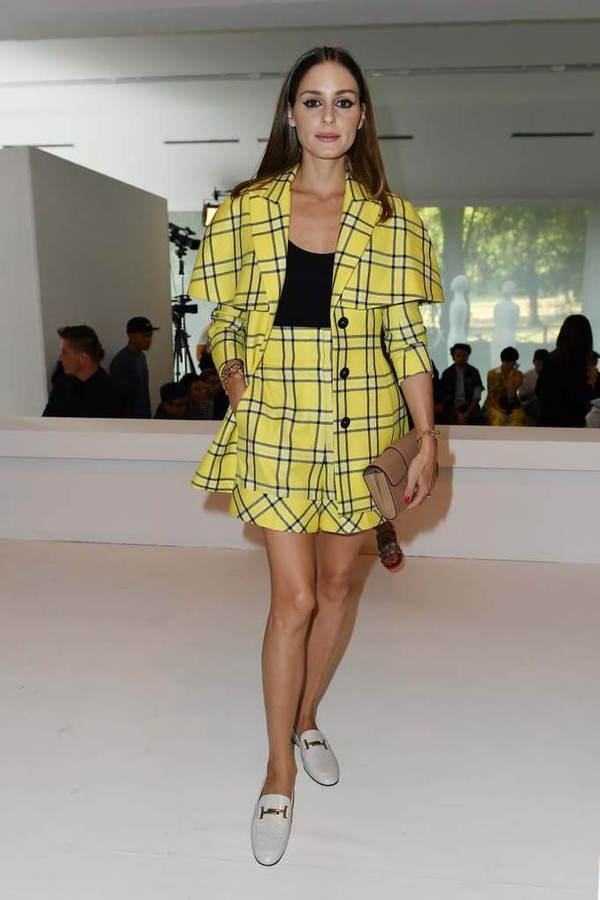 shorts olivia palermo blogger fashion week yellow