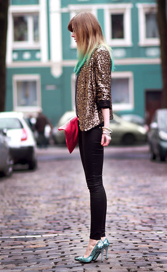 bekleidet jacket jewels shirt bag pants shoes