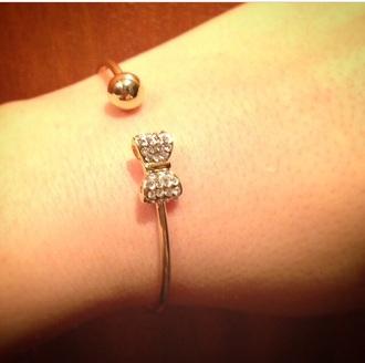 bows cute strass jewels bracelets gold gold bracelets bracelet chains cute jewel cute jewels