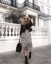 skirt,midi skirt,satin,leopard print,booties,suede booties,high waisted skirt,handbag,black jacket,black blouse,heart sunglasses