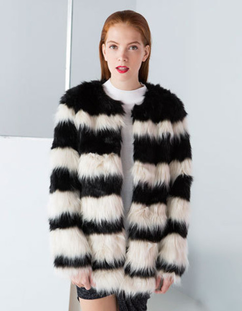 coat faux fur faux fur coat faux fur jacket black white black and white bershka fur coat fur fuzzy coat
