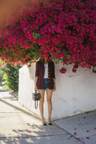 song of style blogger shorts t-shirt jacket jewels bag blazer denim shorts handbag spring outfits