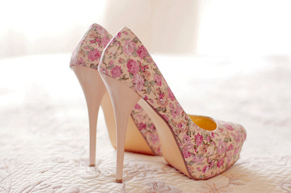 nude shoes nude shoes fleurs style pink flowers shoes with flower fleurie beautiful shoes pink flowers creme spring high heels floral shoes high heels floral