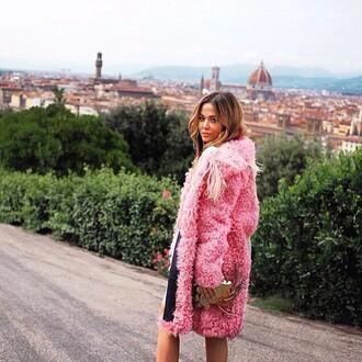 coat se fur pink haute couture luxury designer firenze4ever blogger russia italy yana fisti fashion blogger