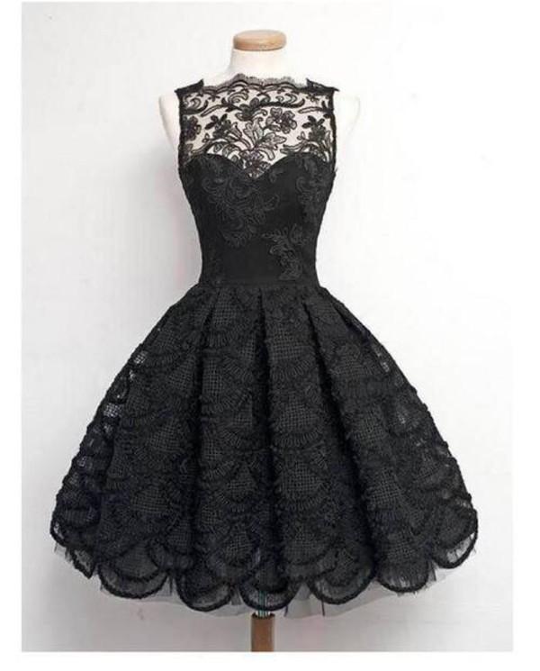 Платье черное кружева
