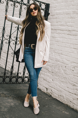 goldenswank blogger jacket jeans belt shoes sunglasses jewels blazer white jacket winter outfits