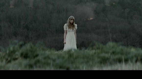 grass laces dress outside short sleeved dress warm summer outfits asap white dress white taylor swift long long dress short sleeve warm/earthtone spring lace dress