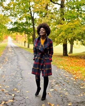 coat tumblr tartan tartan coat plaid plaid coat boots black boots winter outfits