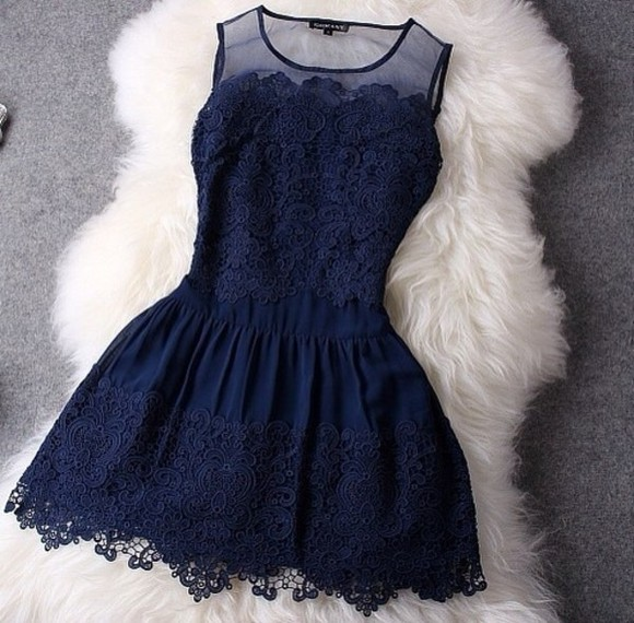 dress flowers pattern sleeveless fitted dress floral fitted lacey dress lacey frills navy white fur lace lacey tank top short swirls girly teenager date idea ideas outfit outfits casual summer spring wear cute pretty nice